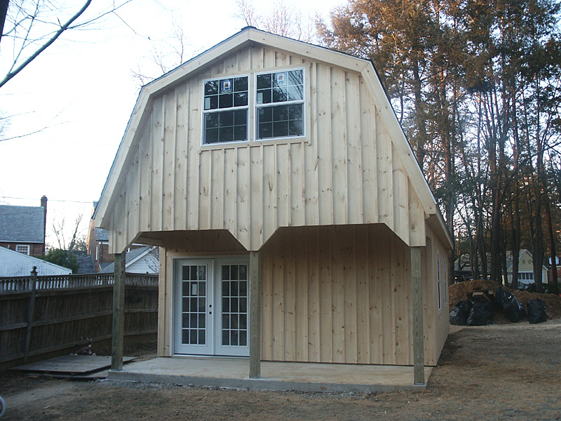 garage barn with gambrel style roof